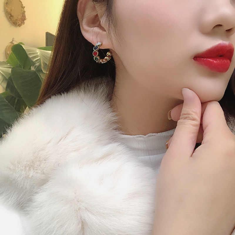 Mengjiqiao 2019 Mới Bán Vintage Nhiều Màu Sắc Đá Nhỏ Hoop Bông Tai Thời Trang Nữ Mô Phỏng Ngọc Trai Hình Bán Nguyệt Pendientes
