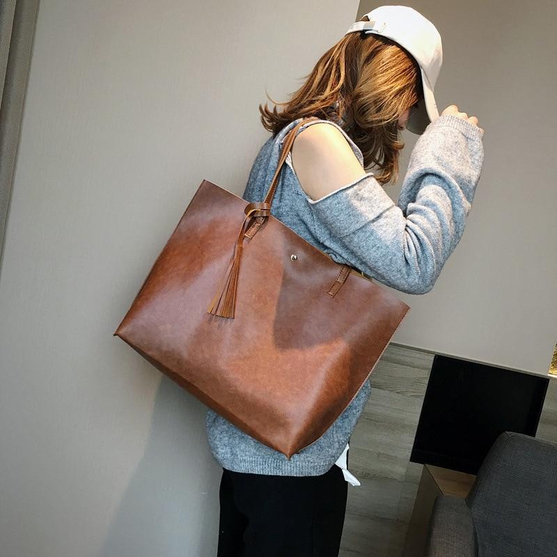 Europese en Amerikaanse mode retro handtassen vrouwen handtas schouder tas grote capaciteit wilde tas toevallige geplooide zak-in Schoudertassen van Bagage & Tassen op  Groep 1