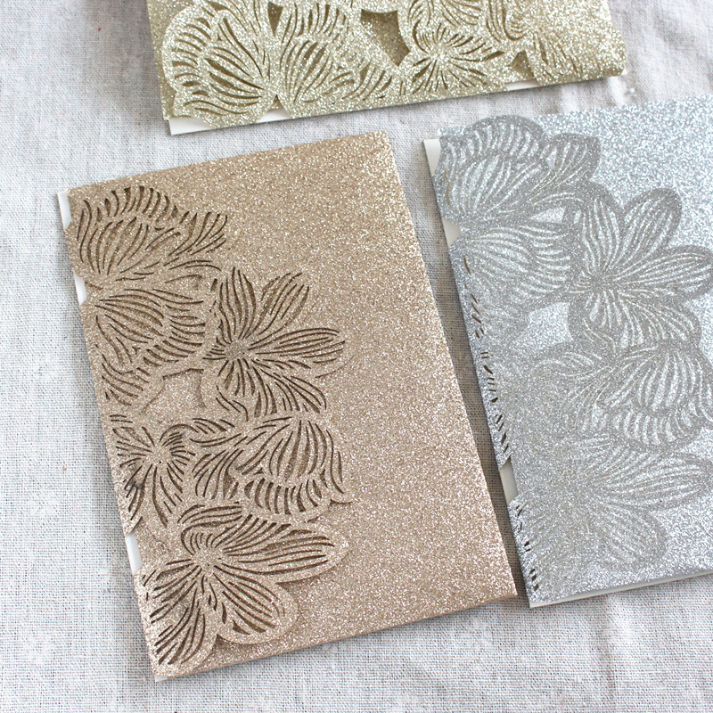 Rose gold trouwkaarten glittery pocket fold wedding envelop gepersonaliseerde insert kaart RSVP.-in Kaarten & Uitnodigingen van Huis & Tuin op  Groep 1