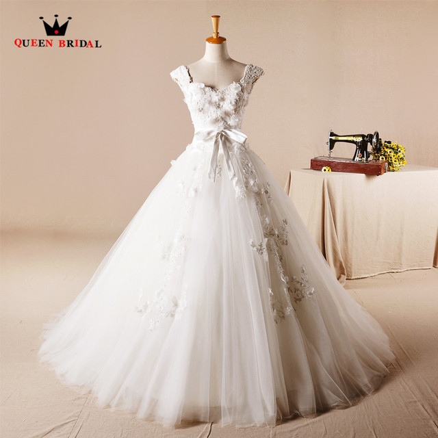 Vintage Wedding Dresses Ball Gown Lace Flowers Backless Romantic ...
