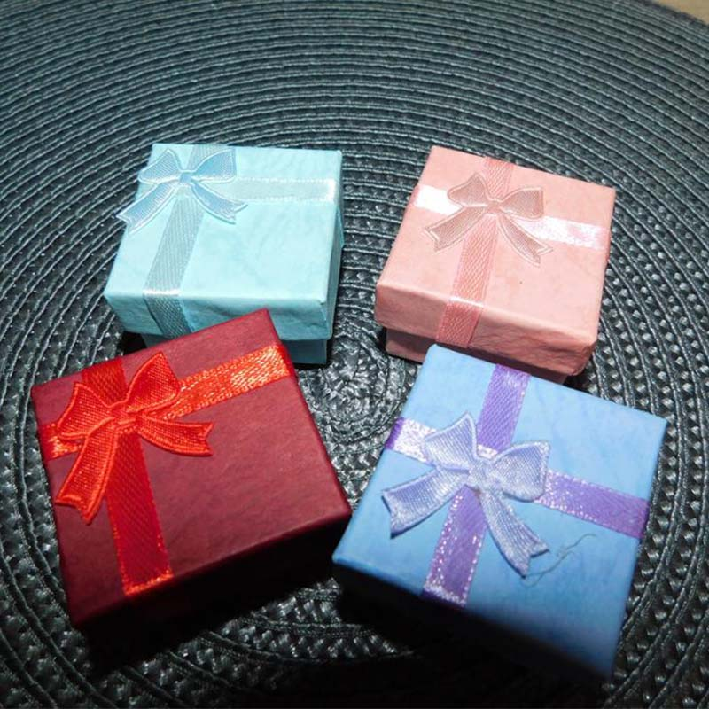 1PC Fashion Colorful 4 * 4cm Bowknot Square Jewry Organizer Box Rings - Hemlagring och organisation - Foto 6