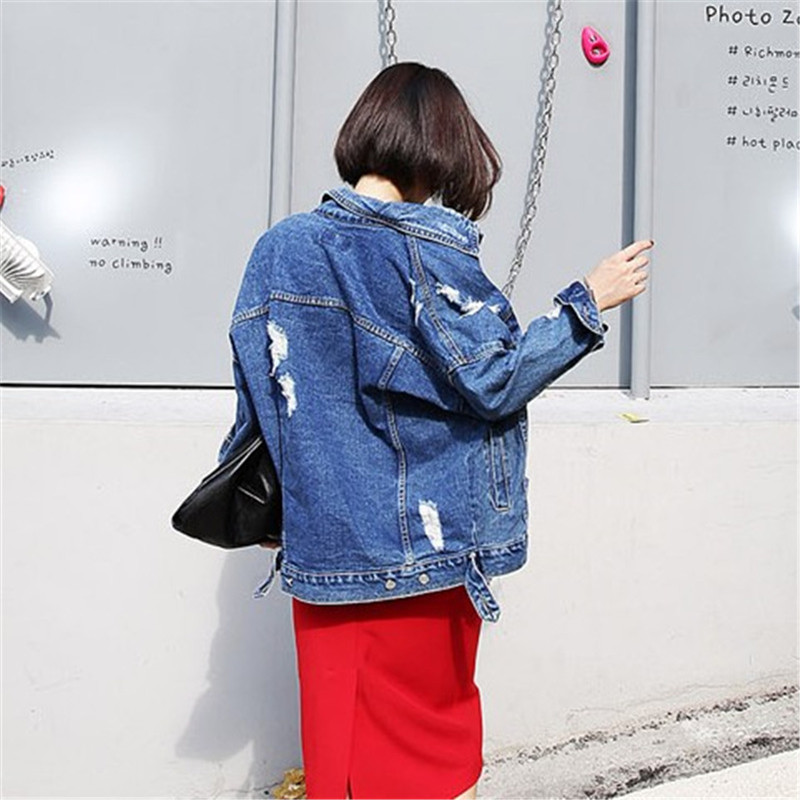 RUGOD 2018 Vintage Fashion Wash Water Denim Jacket badge Loose BF Denim Coat Hole Female Outerwear Plus Size Chaquetas Mujer 2