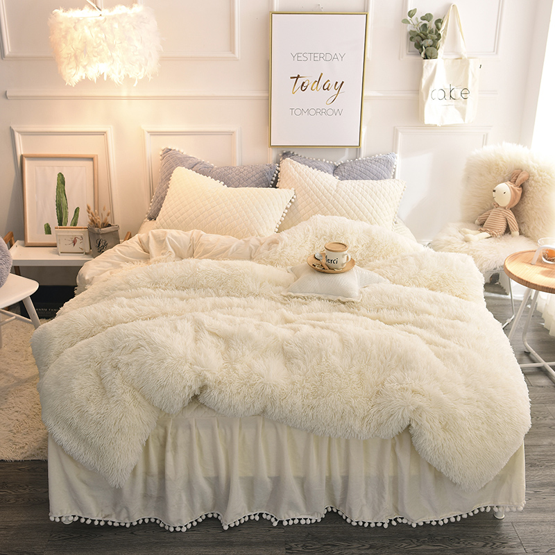 Di lusso Peluche Shaggy Copripiumino Set Trapuntato Pompon Frangia Increspature Bedskirt Fodere Per Cuscini Biancheria Da Letto Twin Set Completo Queen Re 4 /6PCS