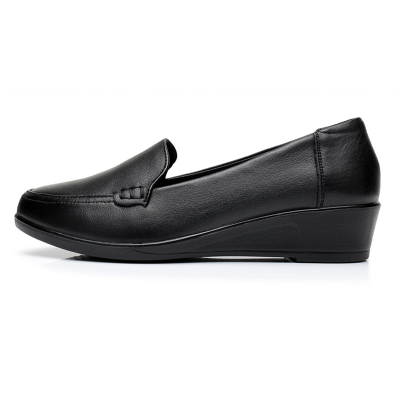 Image 4 - DONGNANFENG Mother Old Female Women Shoes Flats Cow Genuine Leather Loafers Round Toe Slip On PU Superstar Size 35 41 JN 58661-in Women's Flats from Shoes