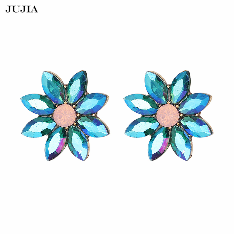 Hot Selling Fashion Stud Earrings Shining CZ Ear Stud for Women Party Jewelry Accessories Elegant Brincos