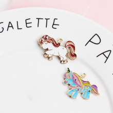 10pcs 30*35mm Rainbow Unicorn Enamel Charms Fit Jewelry Making Accessories Metal Horse Pendants Lady DIY Keyring Charms FX010
