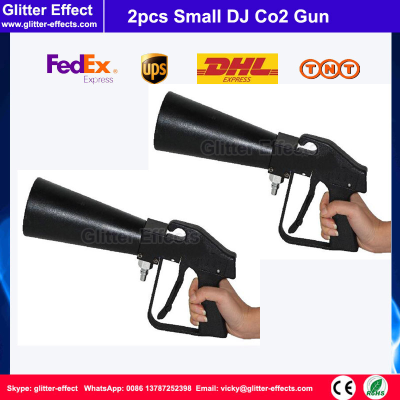 2pcs/lot Mini stage effect disco Co2 gun Hand-hold portable theater night club bar party music show small DJ Co2 gun jet cannon купить
