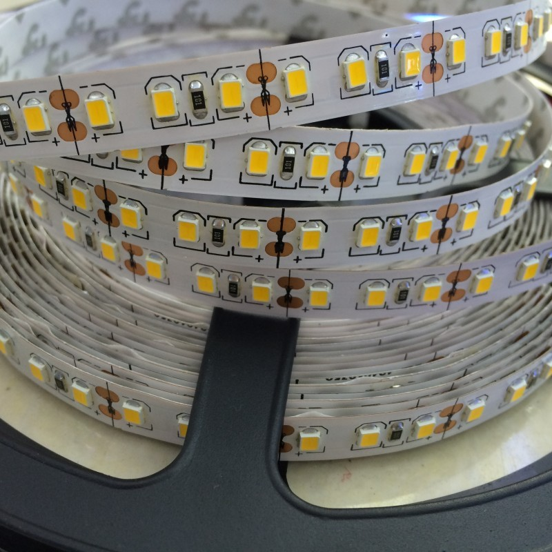 WohltäTig Epistar Qualität Smd 2835 Led-streifen 5 Mt 120 Leds/m 600led Flex Band Neutral Weiß Naturweiß 20-22lm/led 12 V 6a Netzteil Durchblutung GläTten Und Schmerzen Stoppen Licht & Beleuchtung Led-beleuchtung