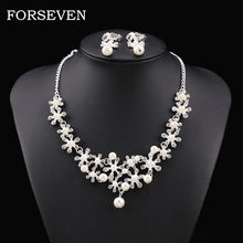 Alloy Rhinestone Pearl Necklace Pendants Set Wedding Jewelry Gift Ornaments Necklace Exquisite Choker Torque Pendant Anillos(China)