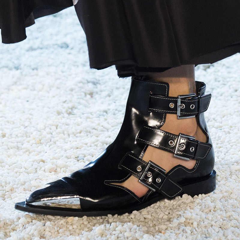 2019 г., летние женские ботильоны с заклепками Черные полусапожки с ремешками и пряжкой модные брендовые туфли на плоской подошве с металлическим острым носком в стиле панк