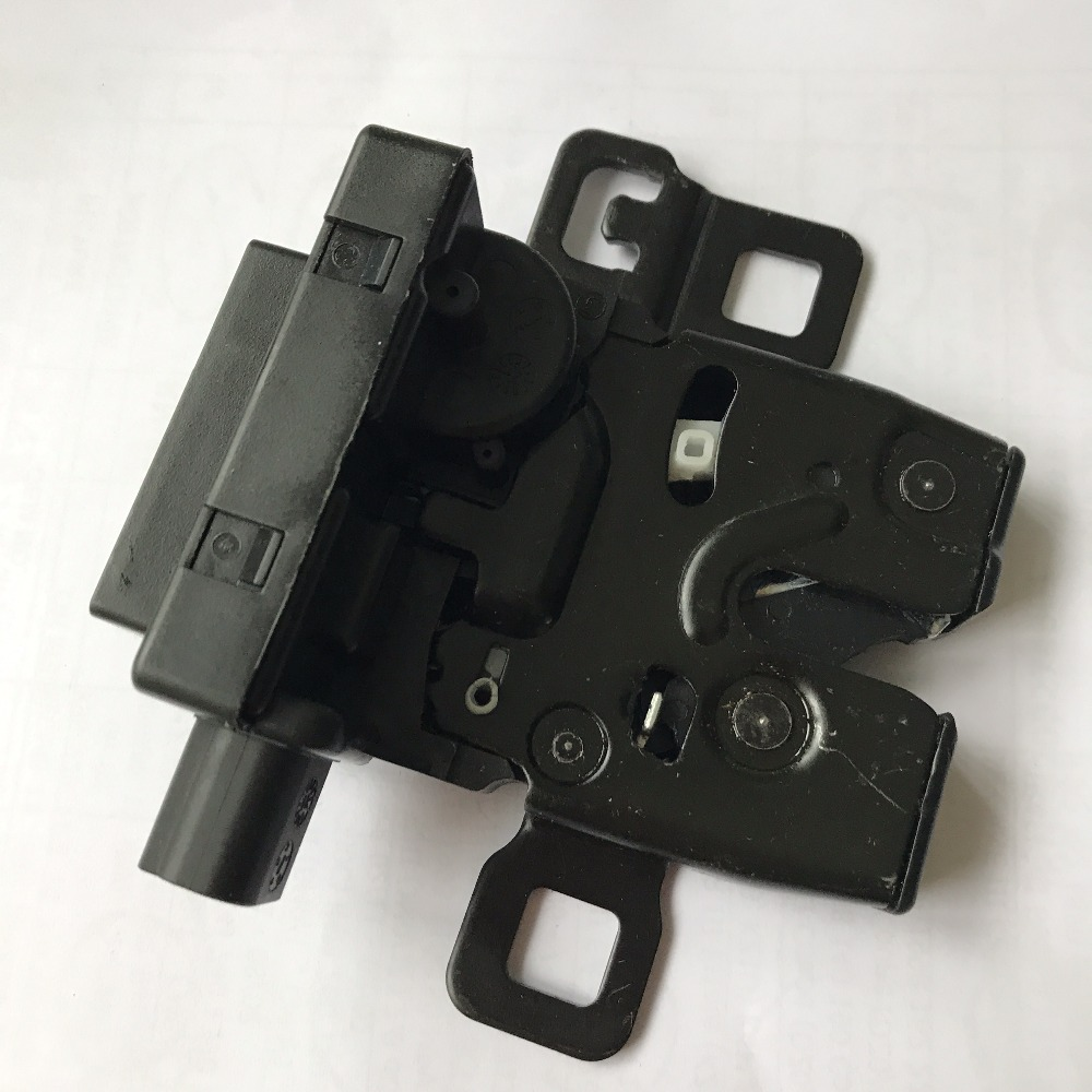 Auto Parts Tailgate Lock For Land Rover Range Rover Sport