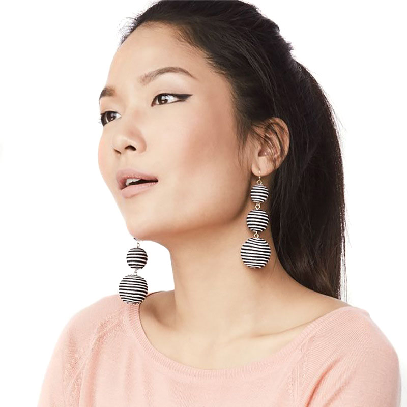 11-Colors-JUJIA-2017-Pom-Pom-Crispin-Ball-Drop-Earrings-Jewelry-Fashion-Women-Statement-Tassel-Drop