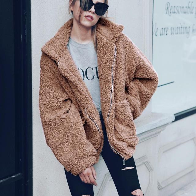 Women Faux Fox Coat Fashion 2017 Winter Thick Warm Outwear Female Furry Zipper Oversized Pocket Bomber Jacket Coat Plus Size 3xl