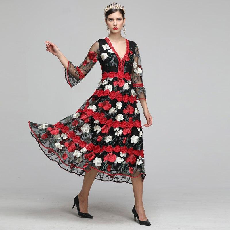 2019 automne noir, beige maille avec dentelle rose rouge broderie florale col en v femmes robes vintage piste design robe midi femme
