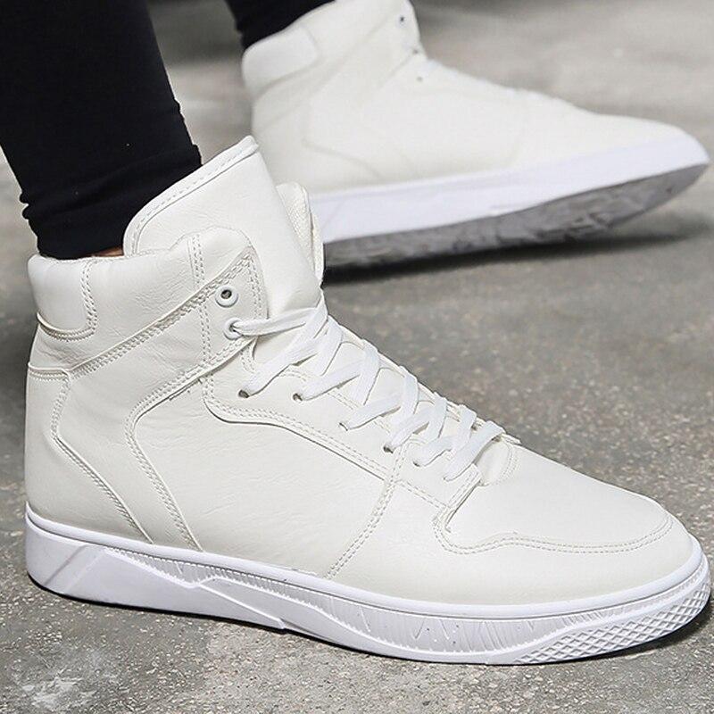 e03a36f637fa6 Yeni sergi nefes güvenlik ayakkabıları erkek Hafif yaz anti-smashing  piercing çalışma sandalet Tek örgü