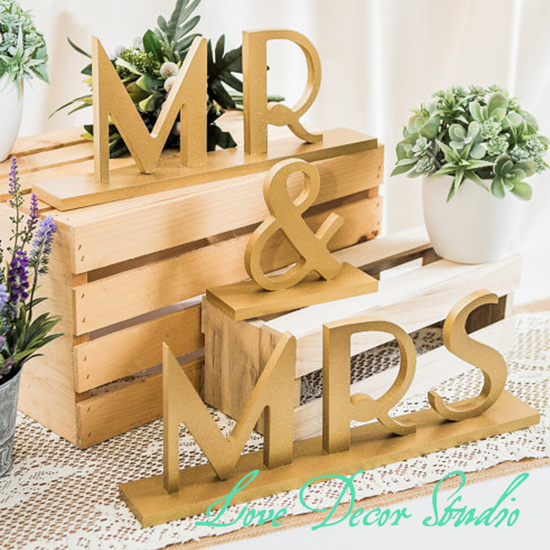 "4""tall Mr & Mrs Wedding Signs for Table in Gatsby Style for 1920s Flapper Style Sweetheart Table Decor - Great Gatsby Wedding"