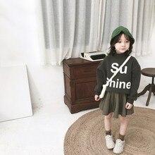 Детские свитшоты осенние хлопковые свитшоты с длинными рукавами и буквенным принтом для маленьких девочек Повседневная Верхняя одежда для малышей