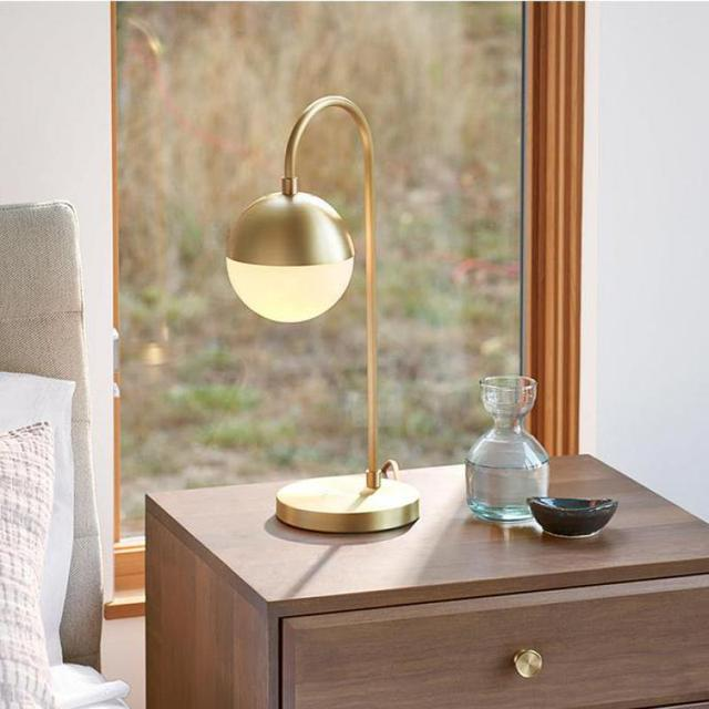Living room 1 pcs gold table desk Lights Bedroom salon pure copper table Art decoration Lamp French restaurant Led standing Lamp