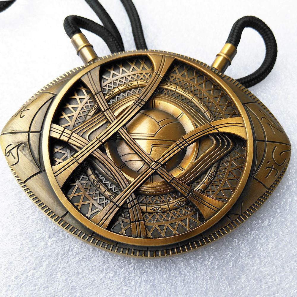 New Dr Doctor Strange Pendant Eye of Agamotto Necklace Cosplay Prop Movie