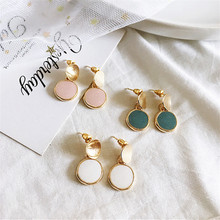 Unique new earrings Korea fashion delicate contracted geometric circular girl is chic big wholesale