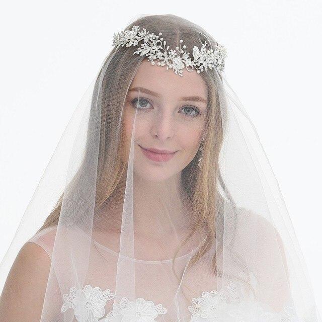 3c98d137cd80db ... Blatt Floral Braut Stirn Tiara Hochzeit Stirnband Haar Crown Zubehör  Frauen Haarband Schmuck. Dower Me Fashion Silver Leaf Floral Bridal  Forehead Tiara ...