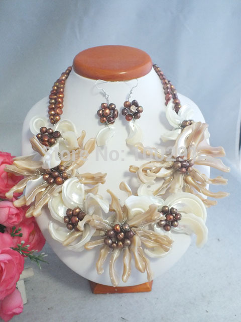 Free shipping Beautiful Handmade Shell Flower Necklace fit Wedding Jewelry MN 3668