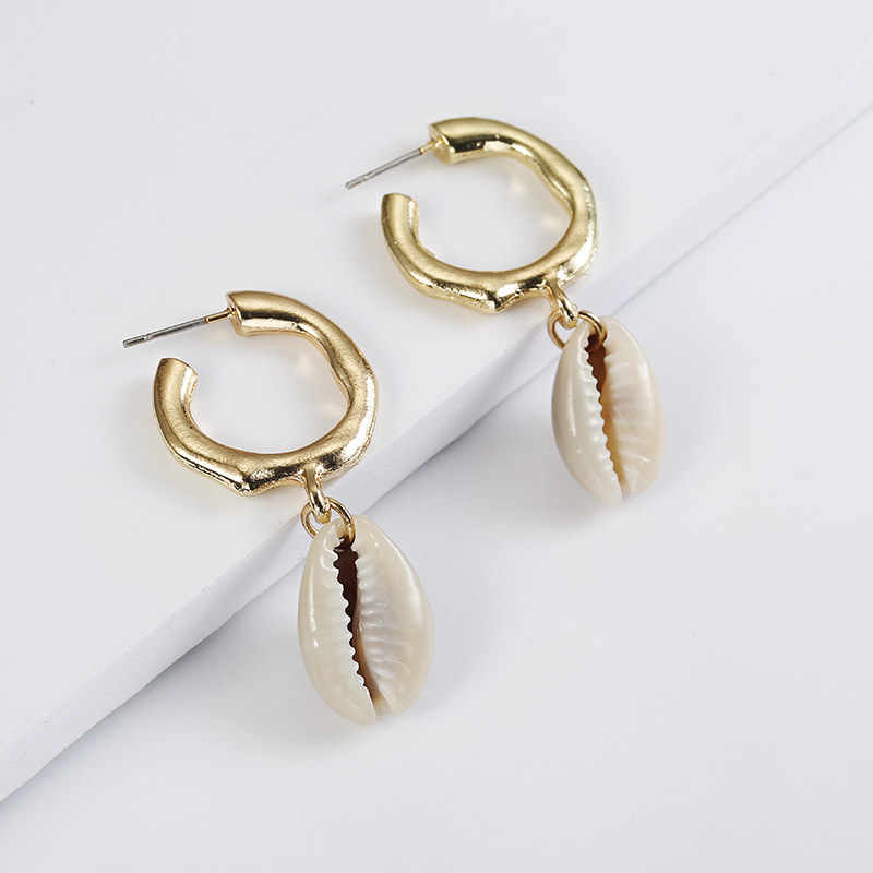 New Sea Shell Pendant Earrings Gold Color Statement Earrings For Women Weddings Party Irregular Geometric Jewelry Gift