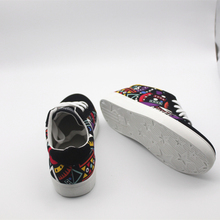 Cresfimix men casual pattern canvas shoes male cool and comfortable lace up shoes man's size 39 to 44 black shoes zapatos hombre