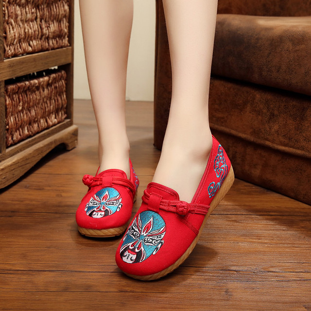 2016 Fashion Chinese Style Beijing Opera Embroidered Flats Women Thick Sole Flat Heel Canvas Casual Single Shoes zapatos mujer