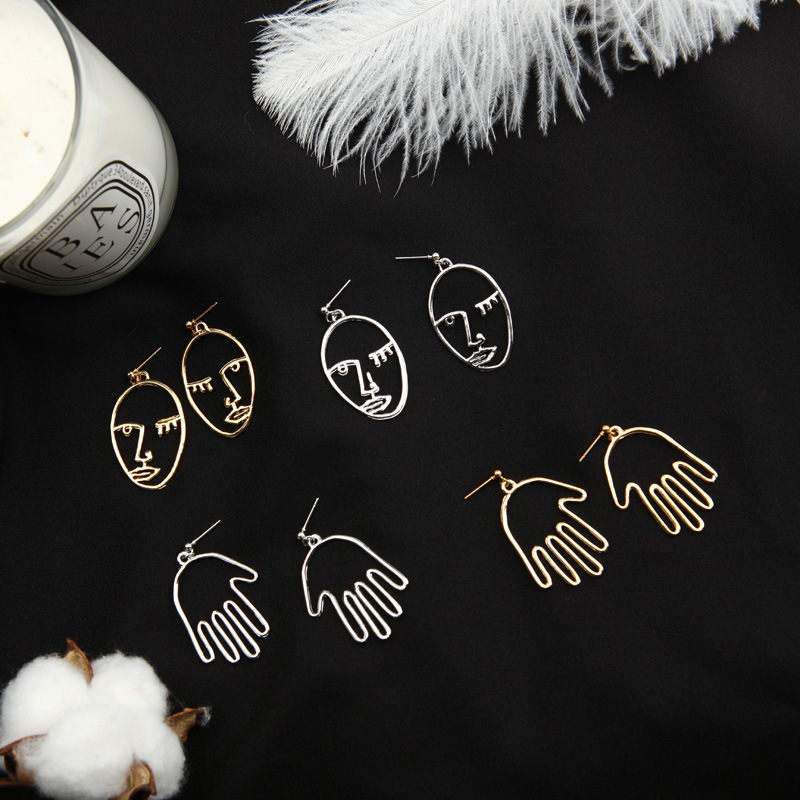 FGHGF 2018 New Personality Face Openwork Palm Simple Earrings Facial Eyes Elliptical Earrings For Women Gift Free Shipping