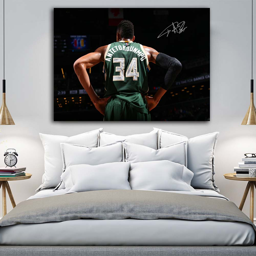 Modern Bucks Giannis Antetokounmpo Backer On Court Wall Picture Canvas Art Print Stretched Frame Artwork Painting  Living Room