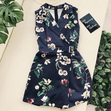 여자의 여름 민소매 꽃 인쇄 새틴 playsuits 레이디의 빈티지 높은 허리 와이드 레그 반바지 비치 휴가 jumpsuits tb1061