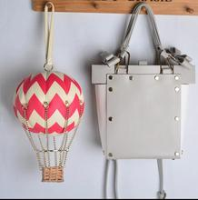 Free shipping 100% genuine leather Lady evening bag New funny  beauty flight of fancy  wrist bag balloon novetly chain handbag