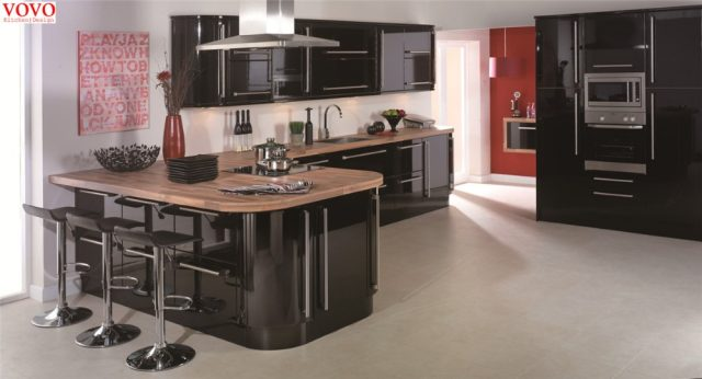 High Gloss Black Lacquer Kitchen Cabinet With Curvy Island