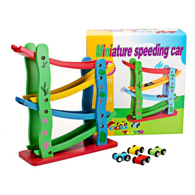 Deslizando Carro de Brinquedo De Madeira das crianças De Madeira Ambiental Mini Inércia brinquedo Do Carro Ferroviário Carro Deslizando de Quatro Cores Em Alta Velocidade Em Miniatura Brinquedos Do Carro