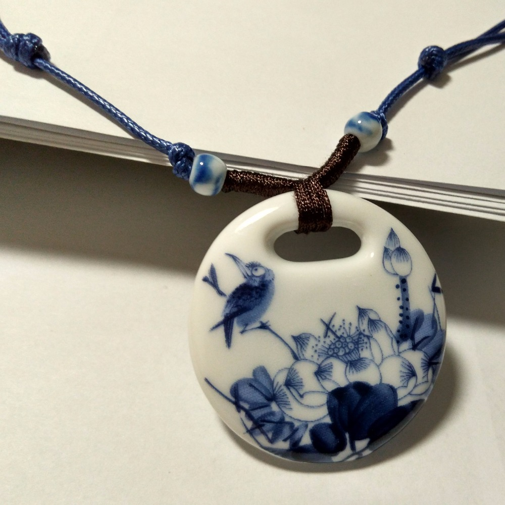 131ee95b5e27 Étnico Hecho A Mano de cerámica Collares Largos Colgantes Joyería de La  Vendimia Nueva Moda Accesorios