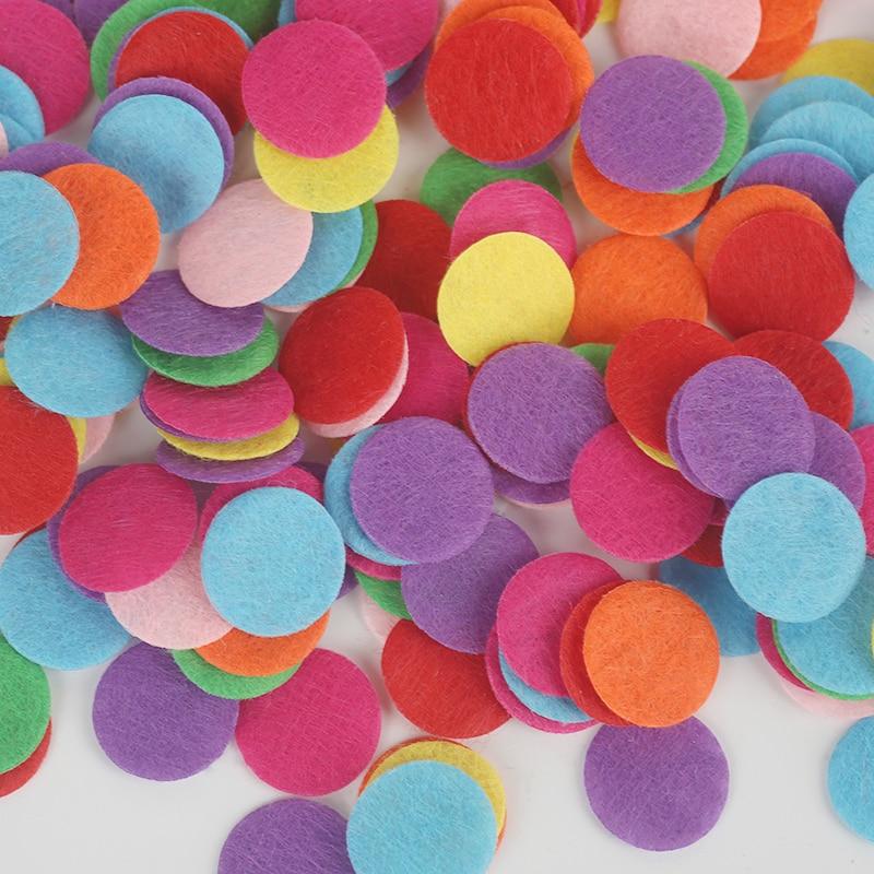Размер 15 мм/20 мм/25 мм/30 мм разные цвета в произвольном порядке Круглый Войлок тканевые подкладки аксессуар патчи круглые фетровые диски, ткань цветок аксессуары