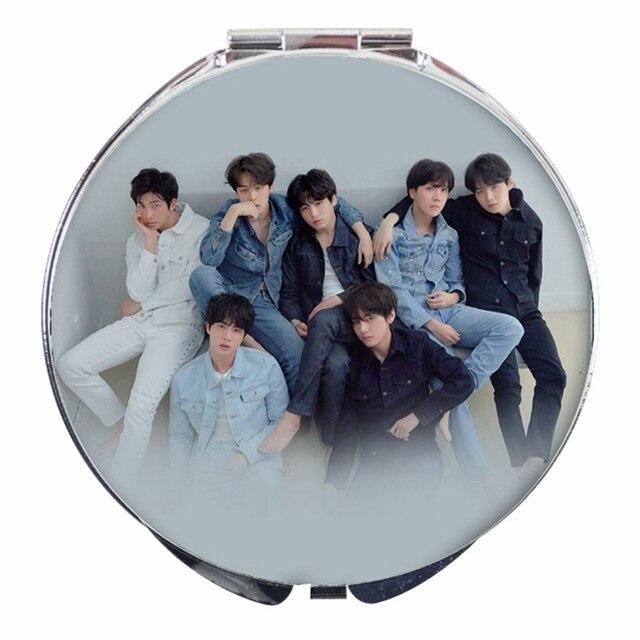 1 pz BTS Collaborazione Magia Specchio Specchio Per Il Trucco Specchio Portatile
