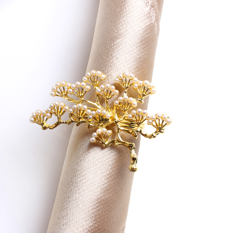 6pcs/lot Pearl Pine Tree Napkin Buckle Zinc Alloy Napkin Ring Western Table Decoration Gold Pearl Napkin Ring