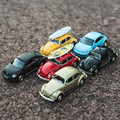Boxed 5 inch simulation alloy car model Volkswagen Beetle Strong pull back Two doors can be opened