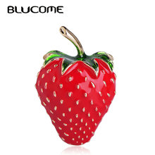 Blucome Fashion Fruit Strawberry Shape Brooch Red Enamel Plant Jewelry Pins Women Girls Bag Hat Scarf Buckles Suit Accessories