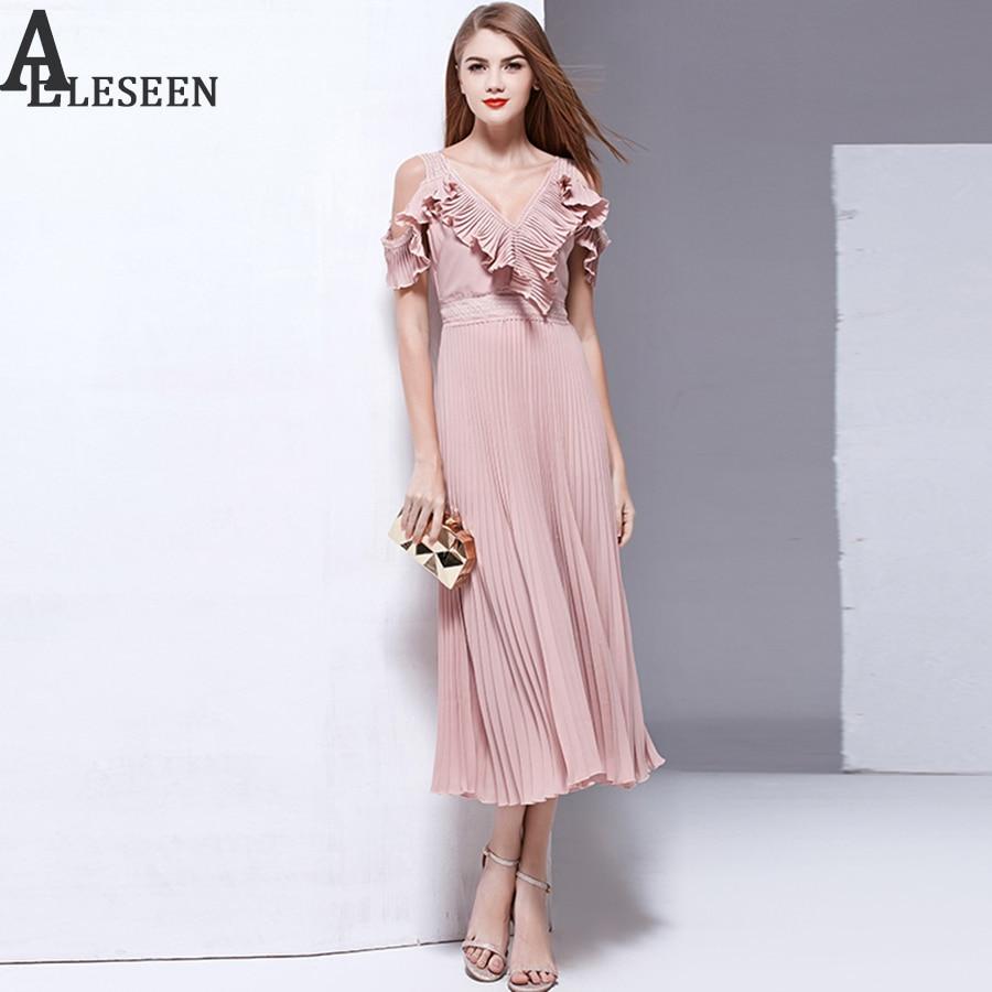 New Arrival letnie sukienki 2018 moda wysokiej jakości Off The Shoulder Ruffles dekolt w szpic Hollow Out Patchwork Draped Sexy długa sukienka w Suknie od Odzież damska na  Grupa 1