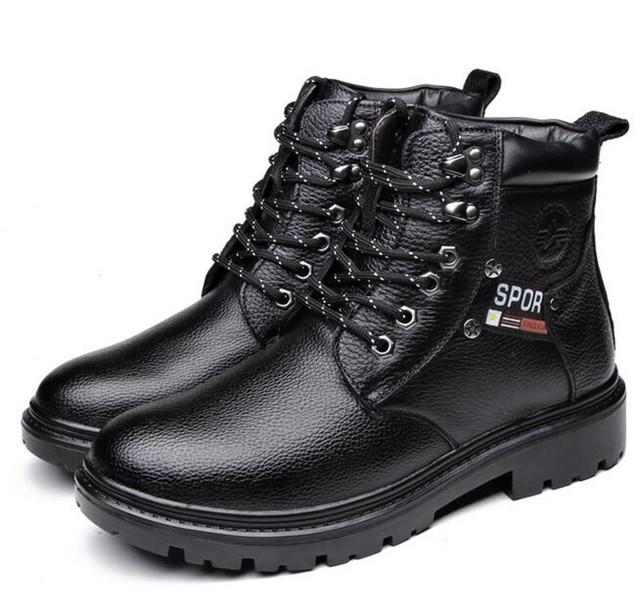 Botas Militares Homens da moda Botas de Algodão Quente Botas De Inverno De Couro Natural Grain Completa Couro Ankle Boots Dedo Do Pé Redondo Sapatos de Neve