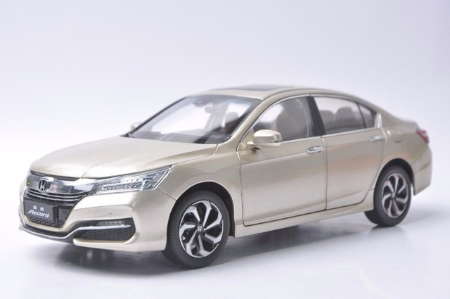 118 Diecast Model For Honda Accord 10 2016 Gold Alloy Toy Car Miniature Collection