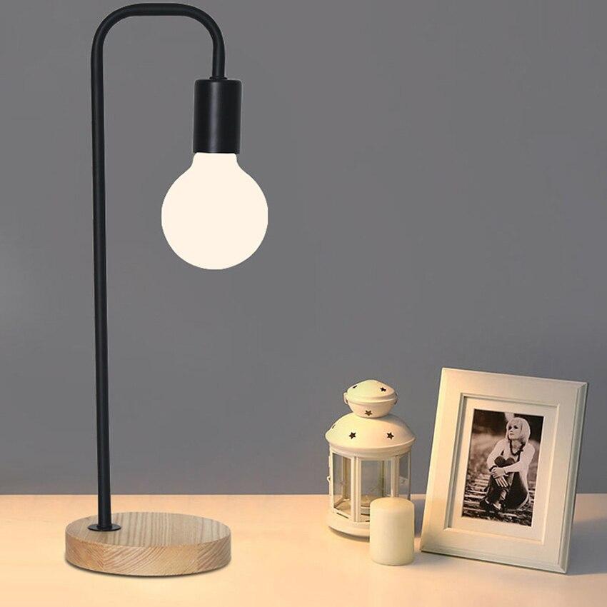 Lamp Voor Op Nachtkastje.Nordic Moderne Eenvoudige Tafellamp Smeedijzeren Lamp