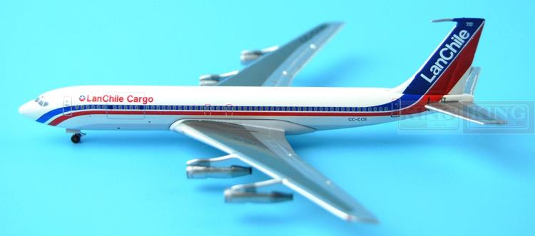Aeroclassics Chile aviation CC-CCE 1:400 B707 commercial jetliners plane model hobby gjcca1366 b777 300er china international aviation b 2086 1 400 geminijets commercial jetliners plane model hobby
