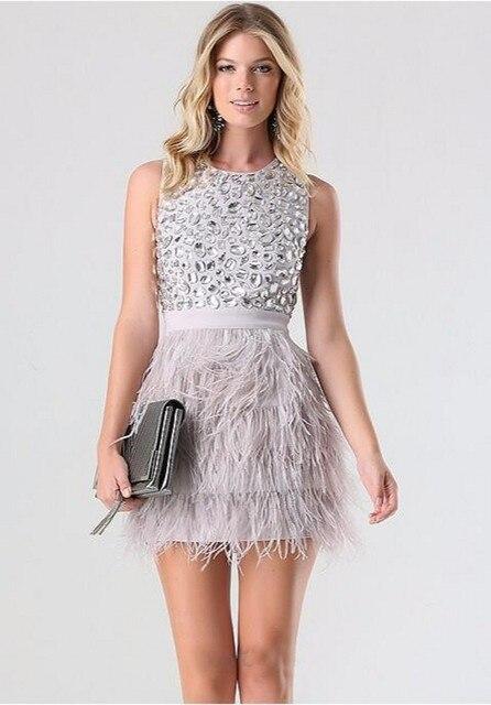 Vestidos de fiesta con falda de plumas