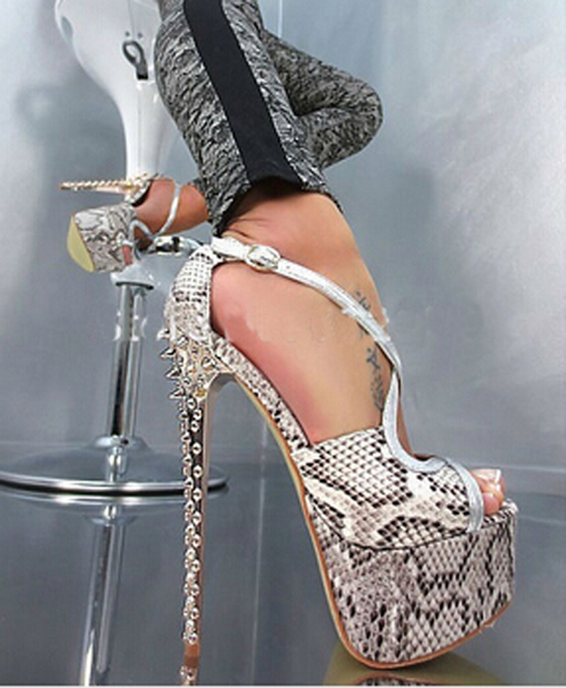 Sexy New Design Open Toe Snake Leather High Platform Spike Sandals Strap Cross Rivet High Heel