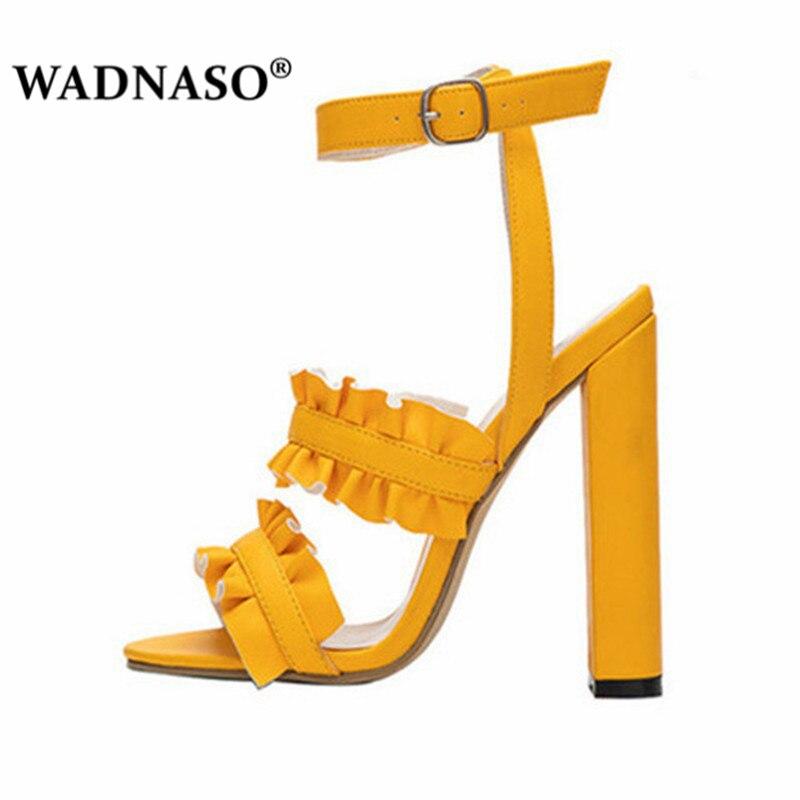 Women-Sandals-Woman-Summer-Style-Bohemia-High-Heel-Vintage-Flowers-Women-Yellow-Beige-Shoes-Sandals-Pumps.jpg_640x640 (1)
