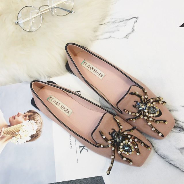2017 Luxury Brand Designer Shoes Women Bottom Flat Heels Round Toe Shoes Rhinestone Flats Loafers Beading Floral W Shoes